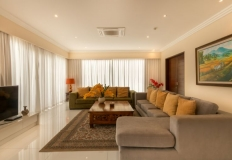 a_penthouse_living_room_01_800x520