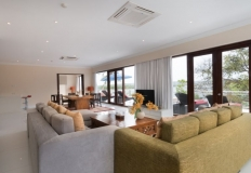 a_penthouse_living_room_07_800x533
