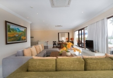 a_penthouse_living_room_08_800x533